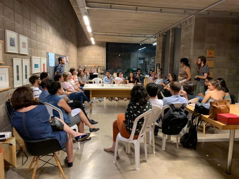 Escola Aberta Galpão, durante a Oficina de Mobiliário com Francisco Fanucci