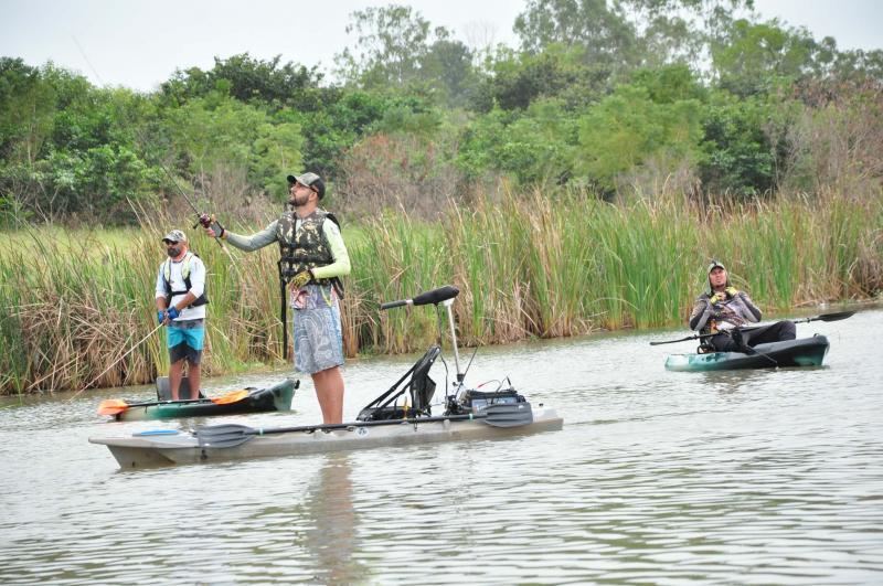 José Reis:Ao longo do dia, 28 competidores estiveram com caiaques participando da competição