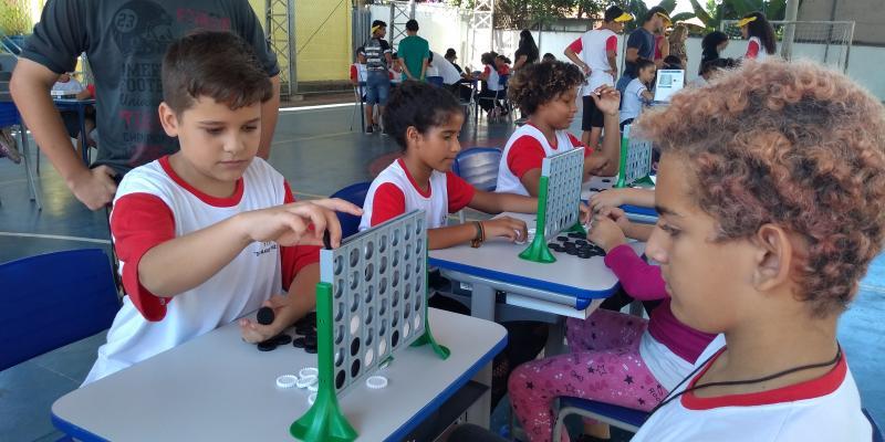 Weverson Nascimento -Atividade reuniu 240 alunos da Escola Doutor Marrey Júnior