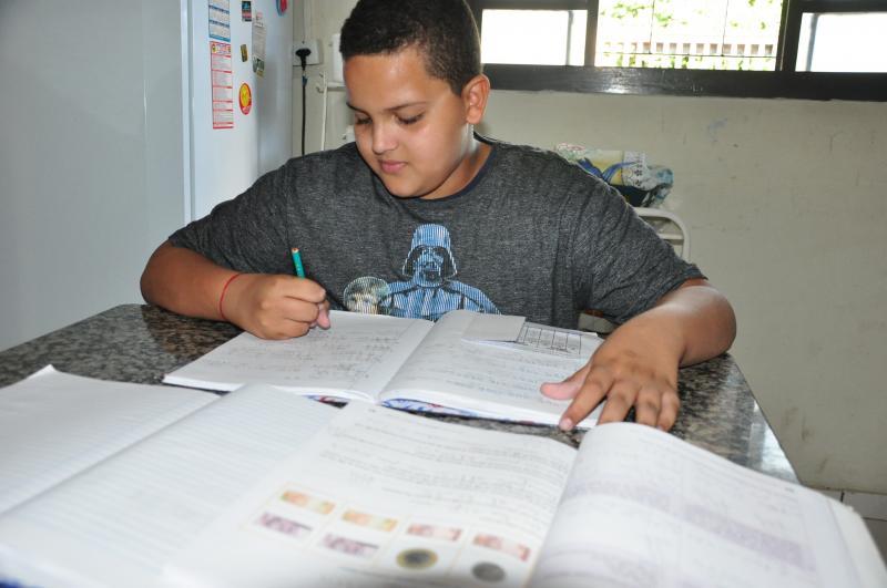 José Reis -Especialistas acreditam que proposta do governo atende uma minoria da população