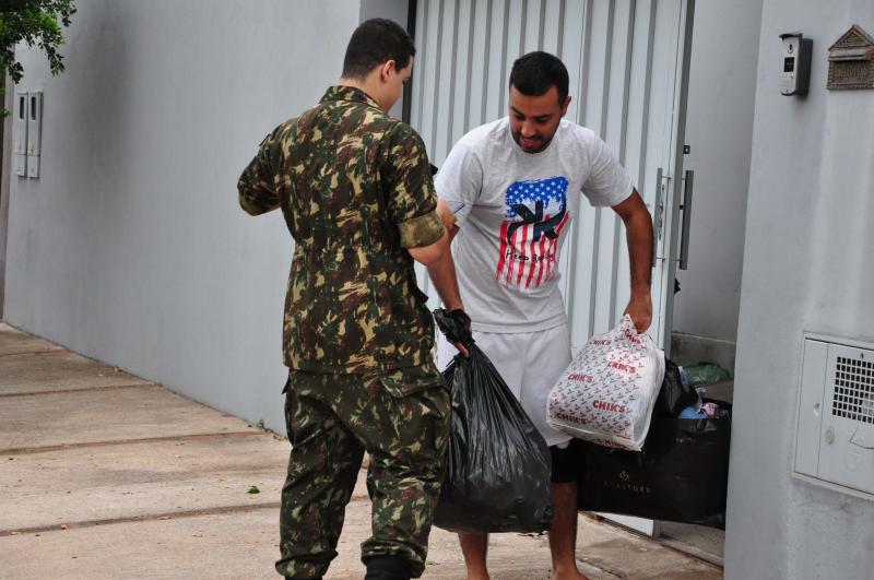 José Reis - Ação solidaria envolve os esforços de quem percorrem as ruas para recolher agasalhos