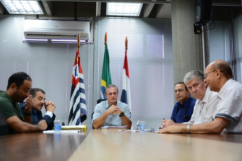 Cedida/Secom - Poda foi decidida ontem, após encontro entre representantes do Executivo e do MPE