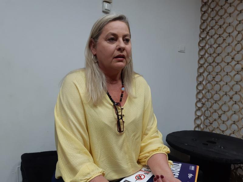 """Letícia Gomes - Suelita Röcker: """"É importante que saibam os malefícios do método"""""""