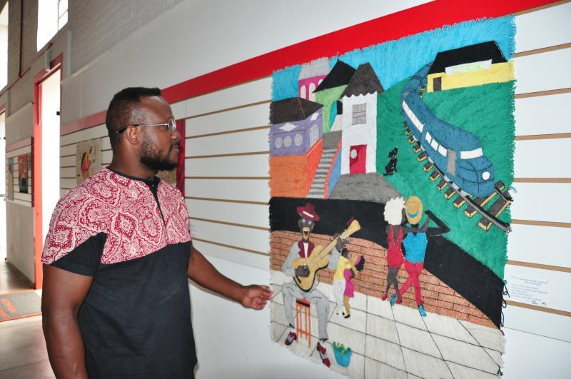 José Reis: Após momento de dificuldade, a paixão pela arte o fez aperfeiçoar as técnicas de colagens