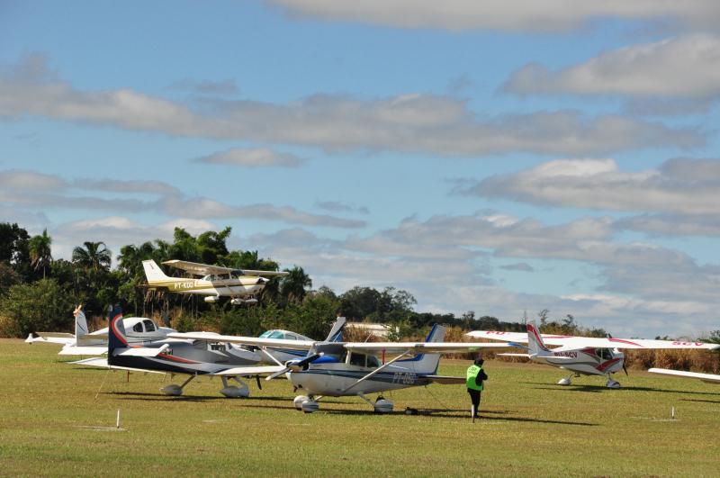 José Reis:De acordo com a organização, cerca de 200 aeronaves visitantes eram esperadas ontem