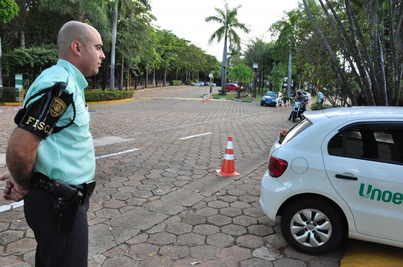 José Reis  - Ederson atua como vigilante na Unoeste há dois anos e meio