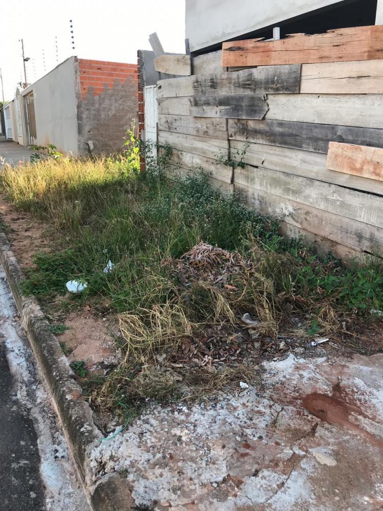 Leandro Nigre:Multa por ausência de calçadas é de 10 UFMs por metro linear