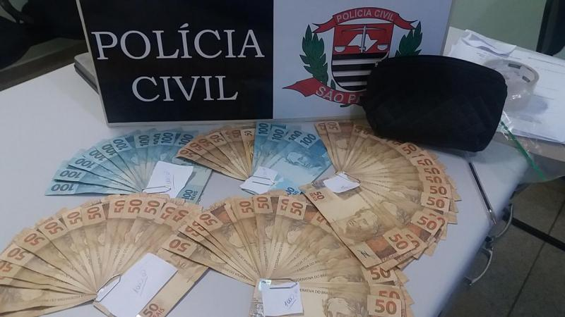 Polícia Civil:Dinheiro foi apreendido na casa de irmãos investigados
