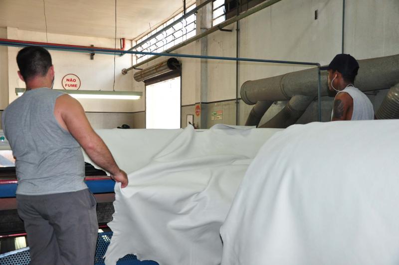 José Reis - Curtume Touro, dentre outras ações, fornece equipamentos de seguranças aos colaboradores