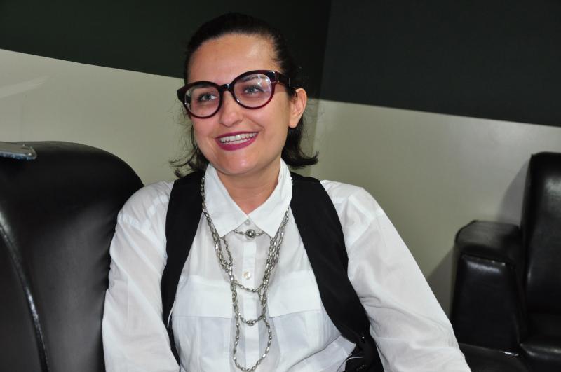 José Reis:Adiane realiza projetos que envolvem o empoderamento feminino por meio do Mulher [+]