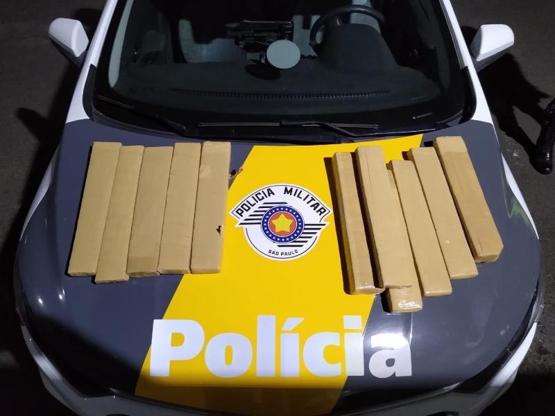 Polícia Militar Rodoviária:Mulher foi contratada para levar as caixas à capital paulista