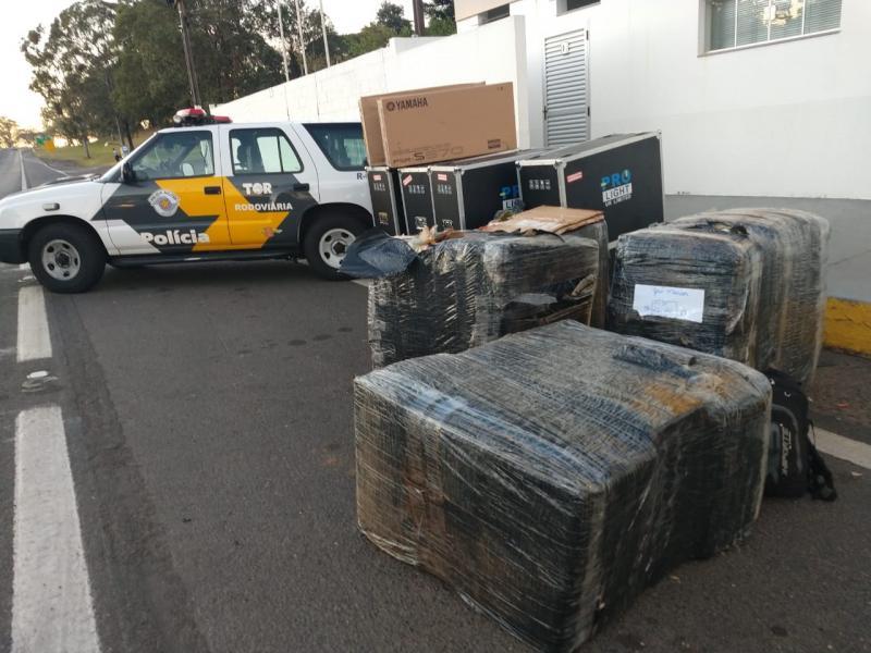 Polícia Militar Rodoviária -Mercadorias apreendidas estavam sem documentações fiscais