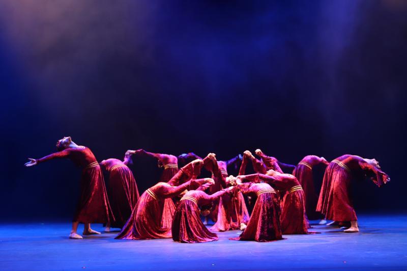 Cedida/Beth Libório:Grupo de dançarinos da Escola Beth Libório leva a melhor em festival internacional