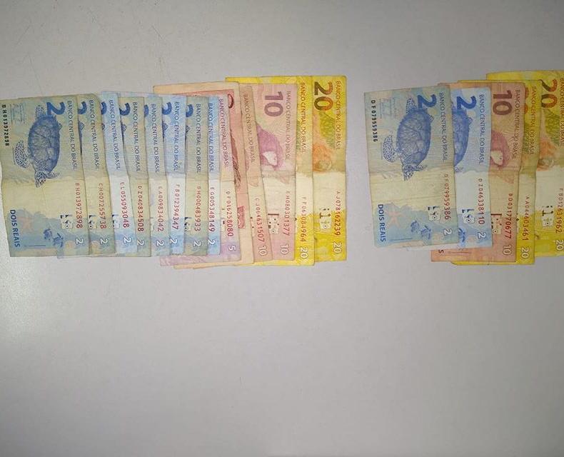Polícia Militar:Dinheiro foi recuperado na casa do bandido, em Eneida