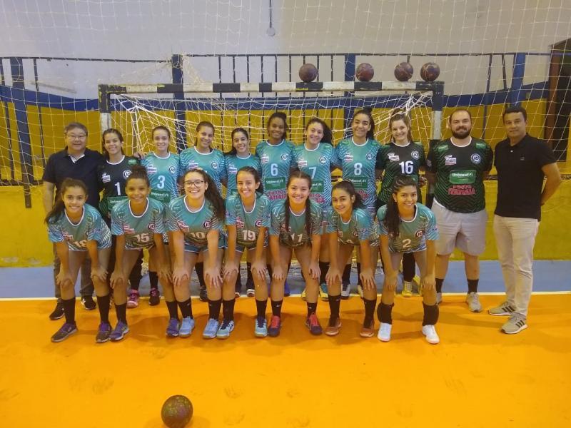 Cedida/Péricles Júnior - Equipe Unimed/Semepp/Instituto Edespp reunida ontem, após a vitória por 37 a 7 contra a vizinha Álvares Machado