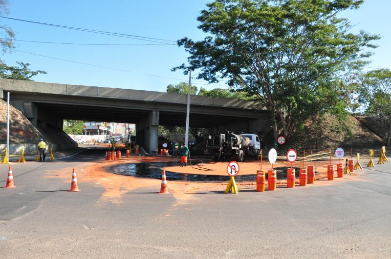 José Reis - Processo foi iniciado ontem pela Prefeitura, com a retirada de duas rotatórias até então existentes no local