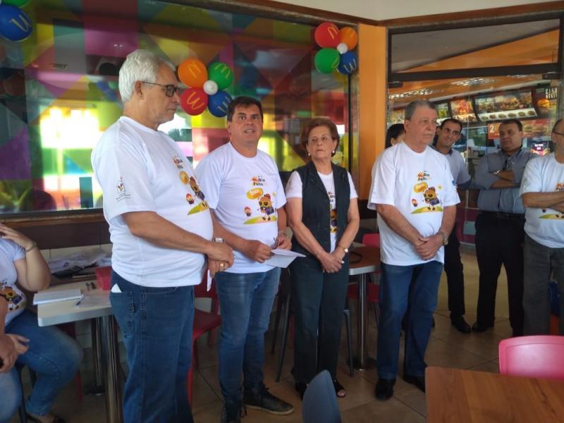 Roberto Kawasaki - Representantes da sociedade se reuniram ontem para o lançamento da campanha McDia Feliz 2019 em Prudente