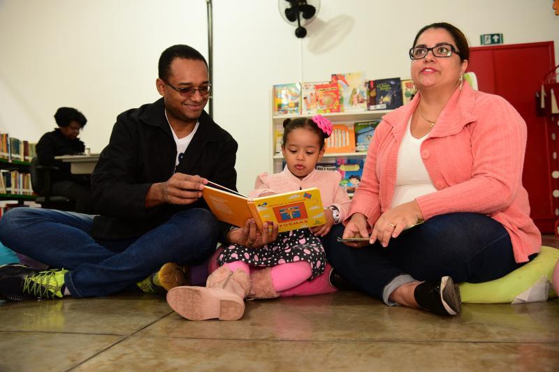 Paulo Miguel:Os pais de Isabella, Carla e Wagner, incentivam a leitura desde seu nascimento