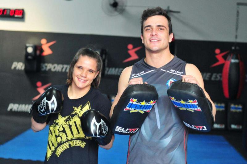 Arquivo / Marcio Oliveira - Ariane e seu mestre embarcam nesta quinta para Montevidéu para conferir o Ultimate