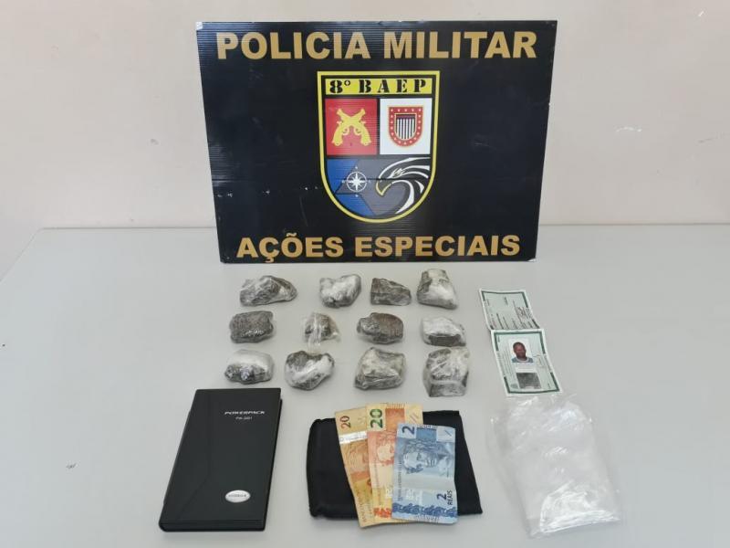 Polícia Militar - Drogas foram apreendidas durante busca domiciliar