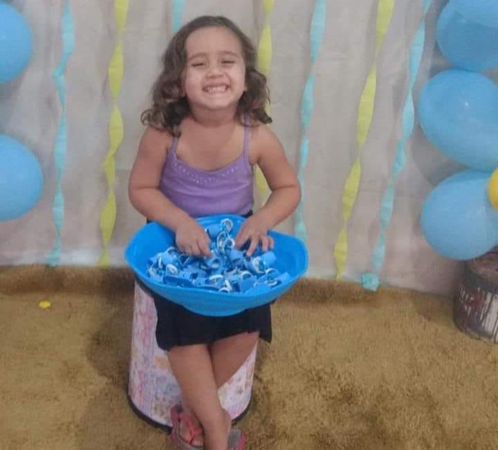 Arquivo pessoal - Moradora do bairro Jardim das Flores, Ana Laura morreu ontem em decorrência de meningite bacteriana