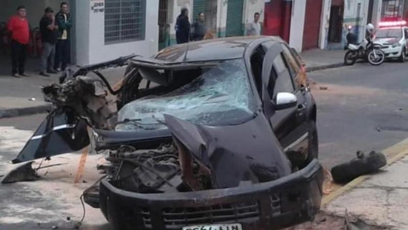 Cedida - Acidente ocorreu em trecho da Avenida Brasil, em Prudente