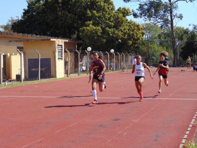 Cedida/Secom - Fase regional foi realizada na Pista de Atletismo Mário Covas, em PP