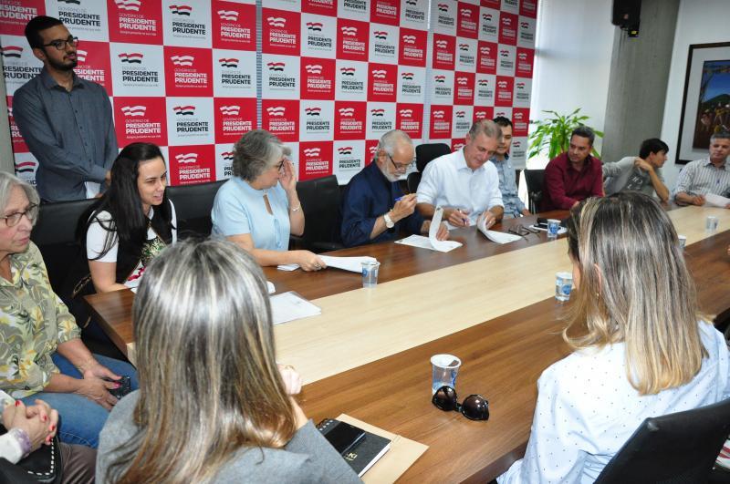 José Reis - Assinatura dos repasses às entidades contemplou 5 instituições de Prudente