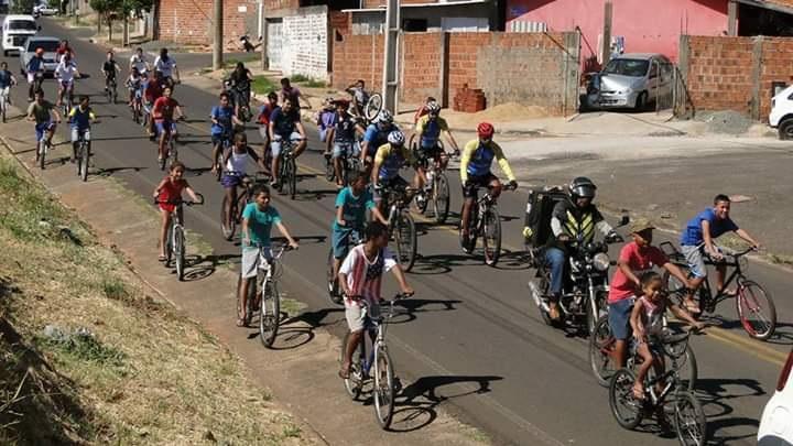 Cedida - Maior edição do evento teve 250 ciclistas; passeios são realizados há 20 anos em Machado