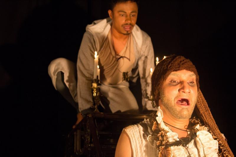 Divulgação - No palco, Marcus Andrade e Thiago Cardoso protagonizam o clássico de Anton Tchekhov