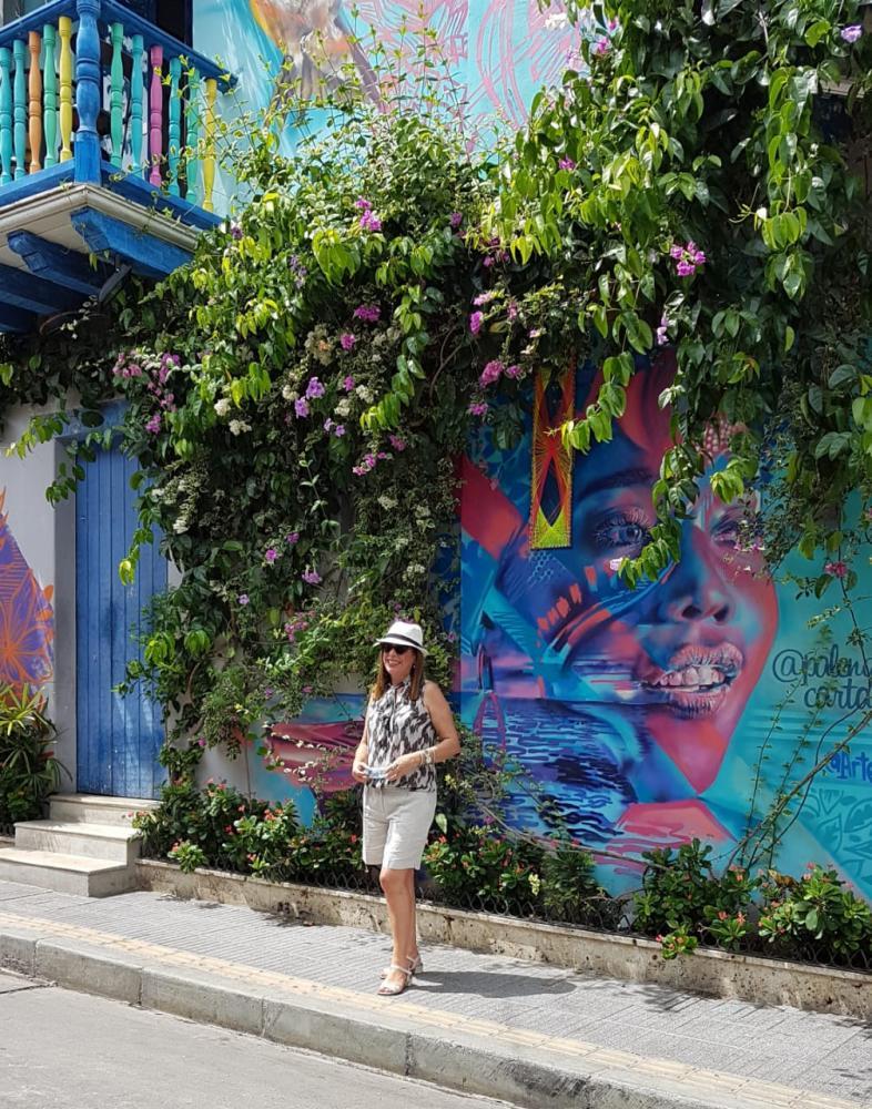Cibele Rubira Cuice, em Cartagena, pela agência Koemtur