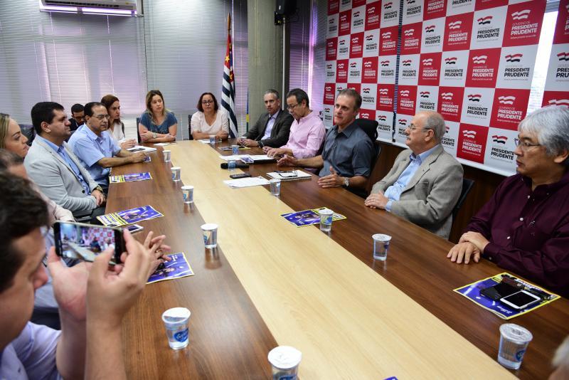 Paulo Miguel - Reunião discutiu possíveis medidas contra o mosquito transmissor da dengue
