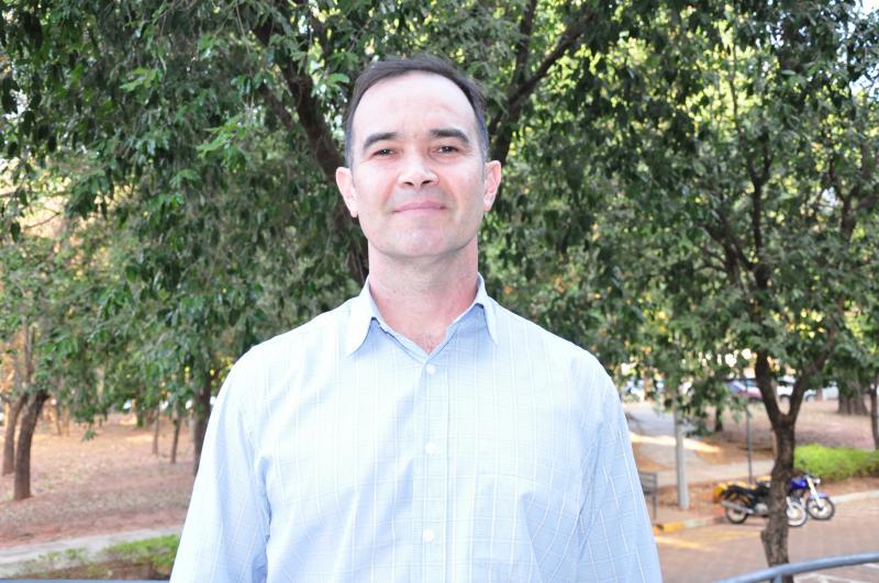 Thiago Morello - Jair tem doutorado em Fisiologia Humana pela USP, é mestre em Nutrição pela Unesp e atua há 19 anos como professor na Unoeste