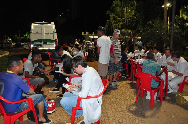 José Reis - Iniciativa contou com entrega de roupas, comida, cortes de cabelo e orientações jurídicas