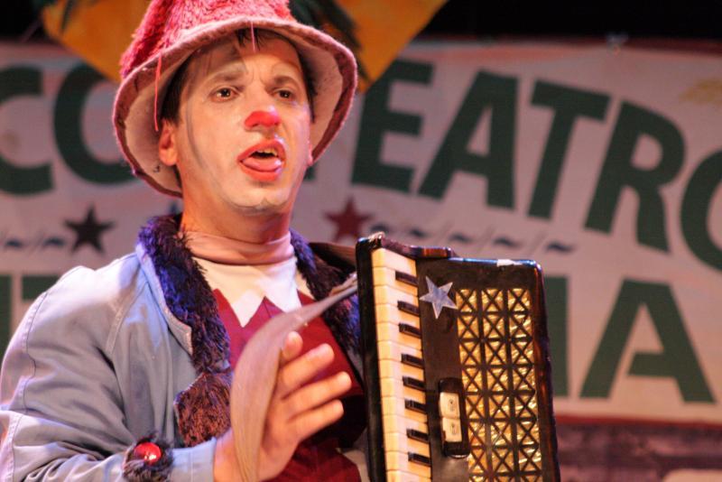 Divulgação - De forma alegre e lúdica, espetáculo teatral trata do envelhecimento com dignidade; entrada será gratuita