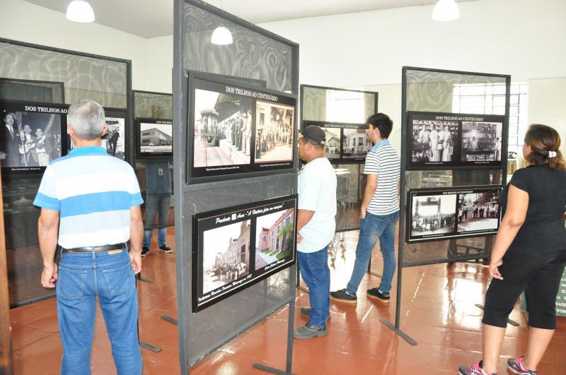 José Reis - No local, podem ser vistos 80 registros visuais, que mostram as mudanças da cidade e diferentes personagens em cena
