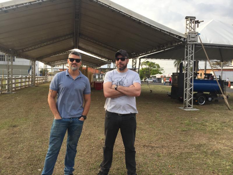 Digo Cavalcante e Leandro Dundes nos preparativos do Festival Food Sabores e Sensações que leva uma edição especial Expo Prudente 2019