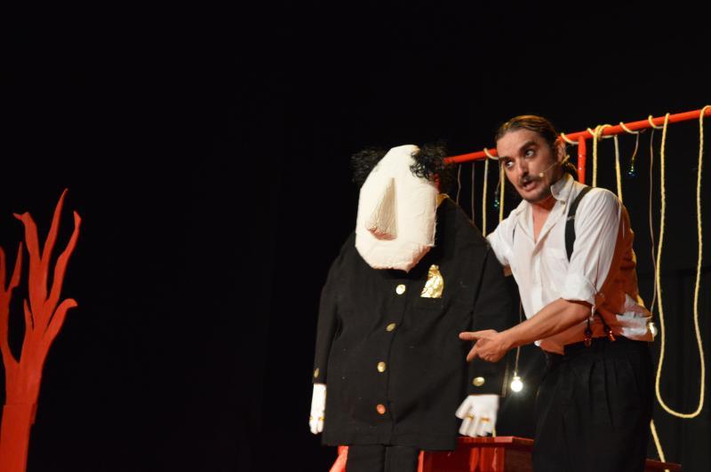 """Divulgação:Obra é um monologo que, segundo o diretor e ator, é um """"carrossel de emoções"""""""