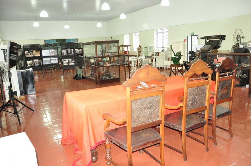 José Reis - Museu ainda mantém a primeira mesa da primeira Câmara Municipal de Presidente Prudente