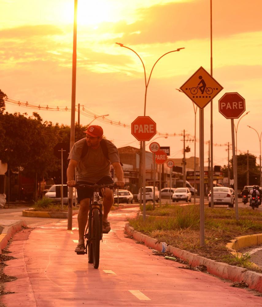 Paulo Miguel:Atenção dos motoristas, pedestres e ciclistas é imprescindível para segurança nas vias