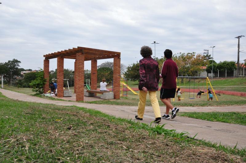 José Reis - Devido à falta de iluminação, parque ecológico é frequentado somente durante o dia