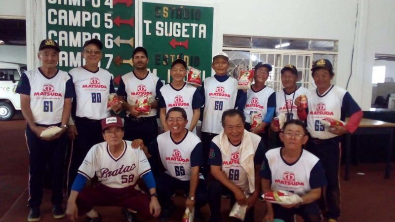 Cedida - Equipe Diamante de softbol da Acae sagrou-se campeão