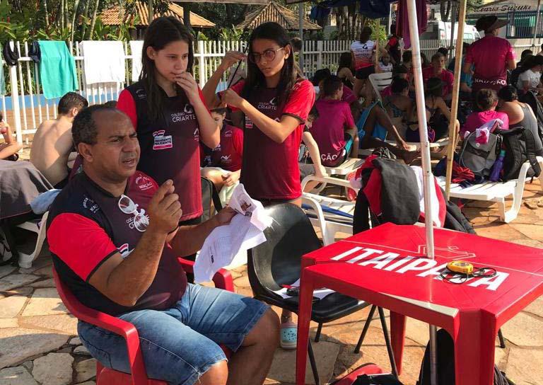 Cedida / APA - Pépe se orgulha de seus atletas que estão trocando de casa