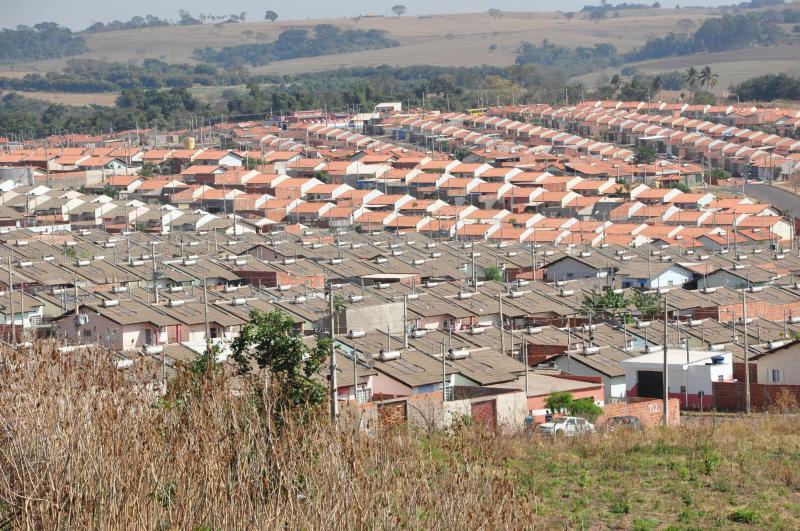 Arquivo - Programa prevê construção de 60 mil moradias populares em todo o Estado até 2022