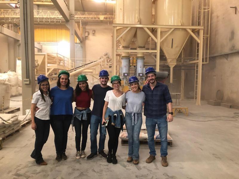 Equipe da agência Luz Própria em visita técnica nas instalações e confinamento do Grupo Gasparim