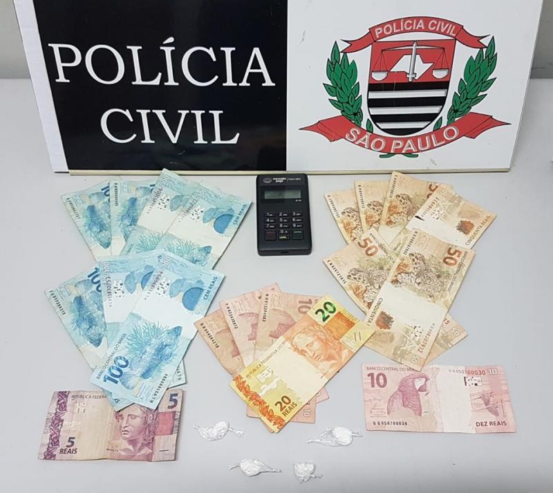 Polícia Civil - Material foi apreendido em flagrante