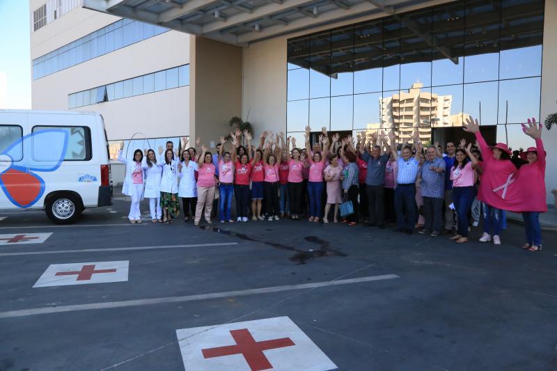Marco Vinicius Ropelli - Médicos, representantes de entidades e do HRCPP marcaram presença na abertura do Outubro Rosa