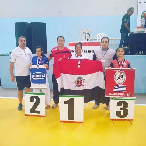 Cedida / Xandão -  Lara Flávia, -50kg, subiu ao lugar mais alto do pódio