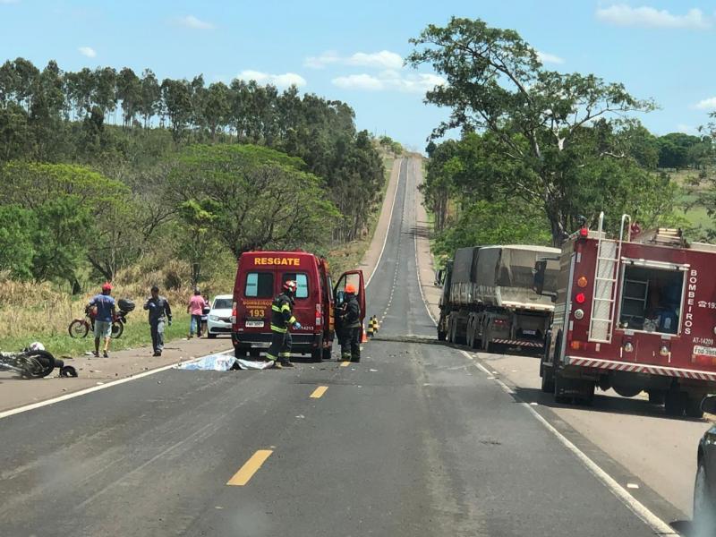 Reprodução/WhatsApp - Acidente ocorreu no km 47 da Rodovia Olímpio Ferreira da Silva (SP-272)