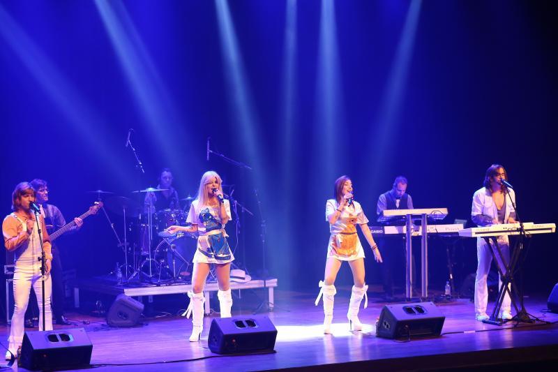 Divulgação: Espetáculo busca trazer da forma mais fiel possível a realidade as músicas e histórias do grupo sueco ABBA